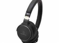 Enjoy Extra Bass Music Without Wires! 5% off Headphones + Microphones